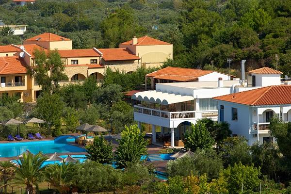 Thassos, Hotel Kamari Beach, exterior, hotel, piscina.jpg