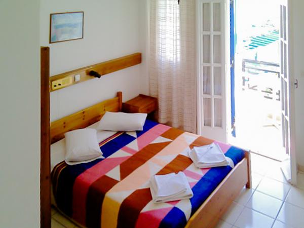 Santorini, Hotel Levante Beach, camera dubla.jpg