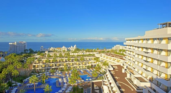 Tenerife, Hotel Iberostar Las Dias, piscina, hotel, panorama.jpg
