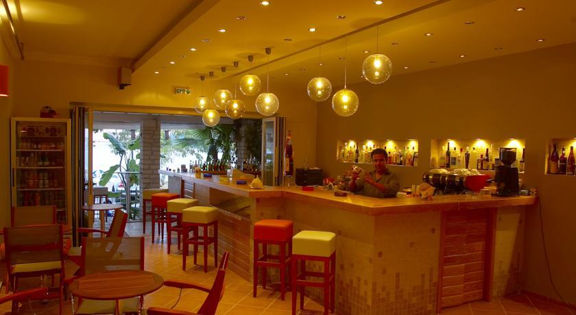 Lefkada, Rouda Bay, interior, lounge bar.jpg