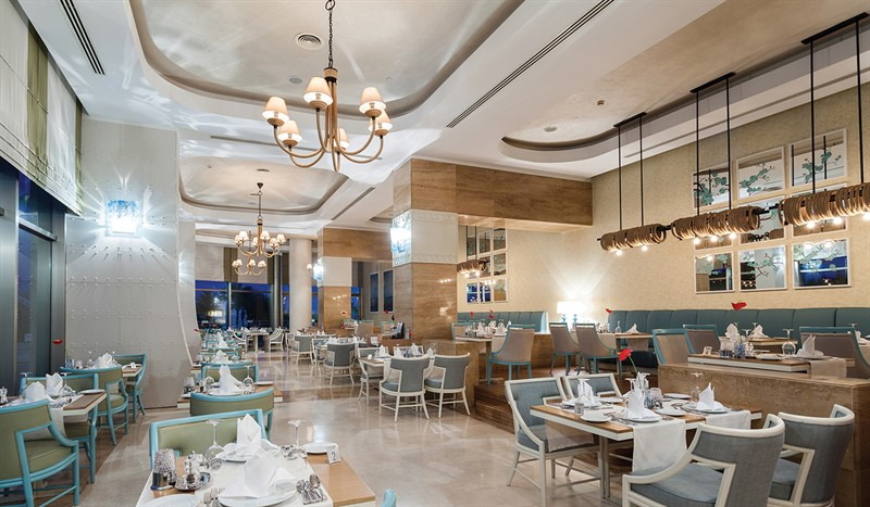 Titanic Beach - restaurants (3)_800x467.jpg