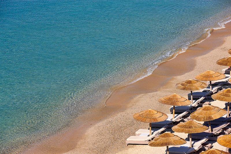 elia-beach-02.jpg