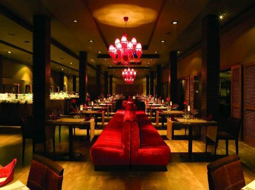 Hotel IC Residence restaurant.JPG