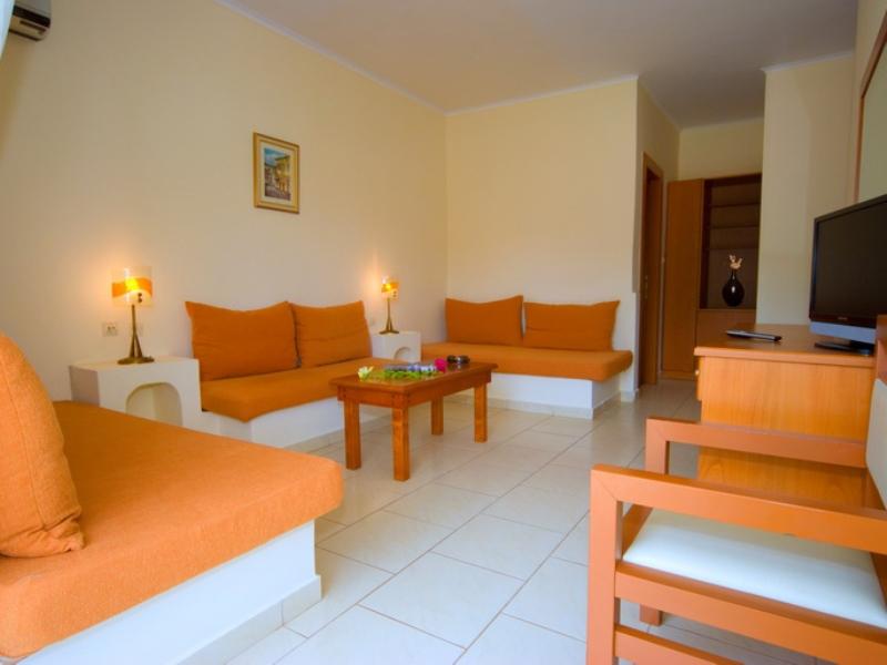 PORFI BEACH HOTEL - NIKITI (6).jpeg