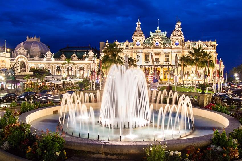 Casino-de-Monte-Carlo hello holidays.jpg