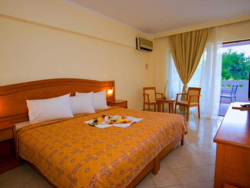 PORFI BEACH HOTEL - NIKITI (7).jpeg