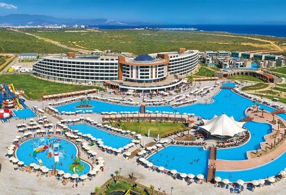aquasis-deluxe-resort-spa-8e0c282.jpg