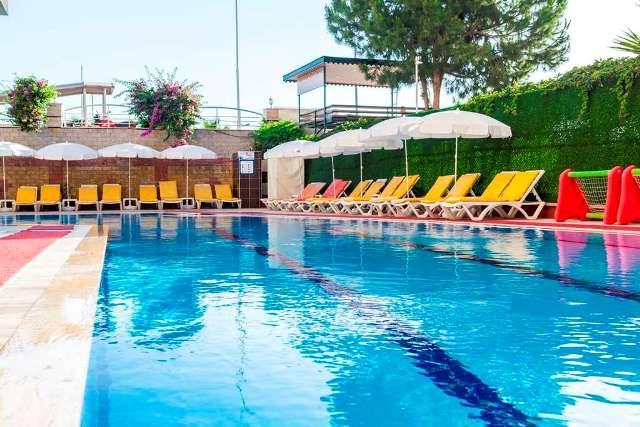 galaxy-beach-hotel-havuz-0105.jpg