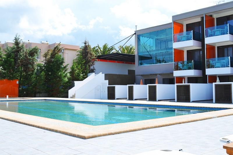 thalassa-boutique-hotel-sarti-chalkidikis-pool.jpg