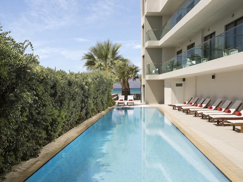 Residence-Ground-Pool-with-SEA-tablet.jpg