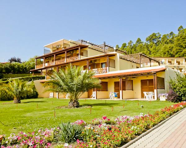 Halkidiki, Hotel Palladium, exterior, gradina.jpg