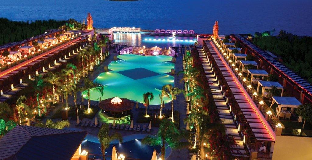Hotel Cratos Premium and Casino