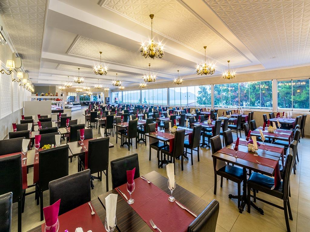 iphotels_ideal_panaroma_diva_restaurant_05.jpg