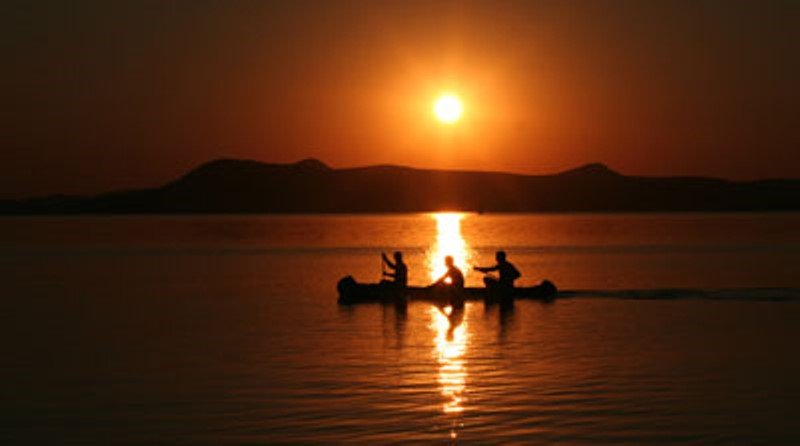 sunset_lake_balaton.jpg