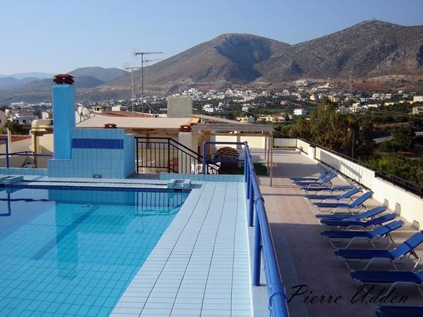 hotel_ilios_roof001.jpg