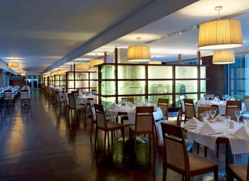 Hotel Rixos Sungate restaurant.JPG