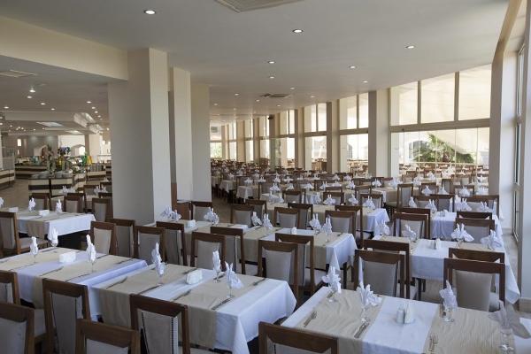 Kusadasi, Hotel Batihan, restaurant.jpg