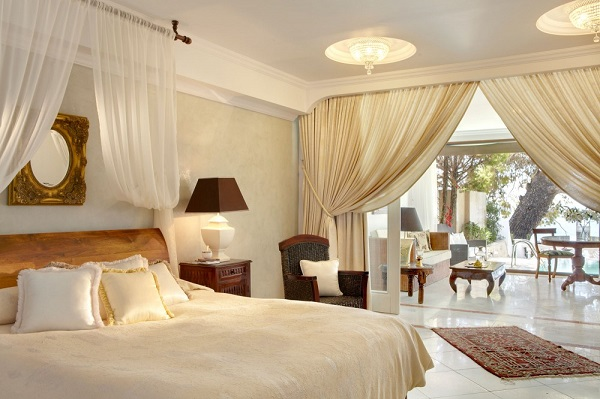 Halkidiki, Hotel Danai Resort, camera, pat matrimonial, living, terasa.jpg