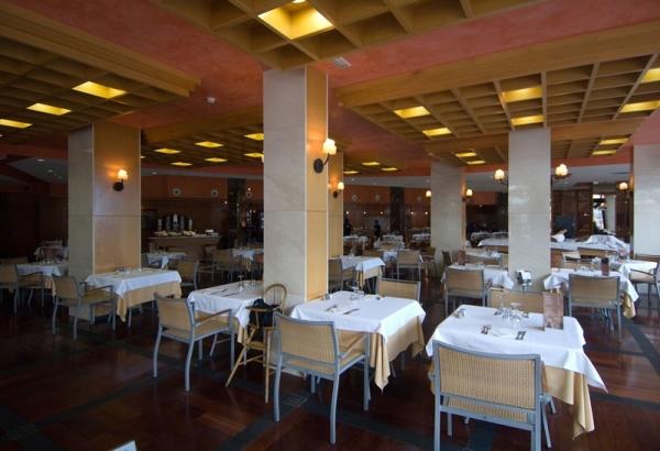 Tenerife, Hotel Gala, restaurant.jpg