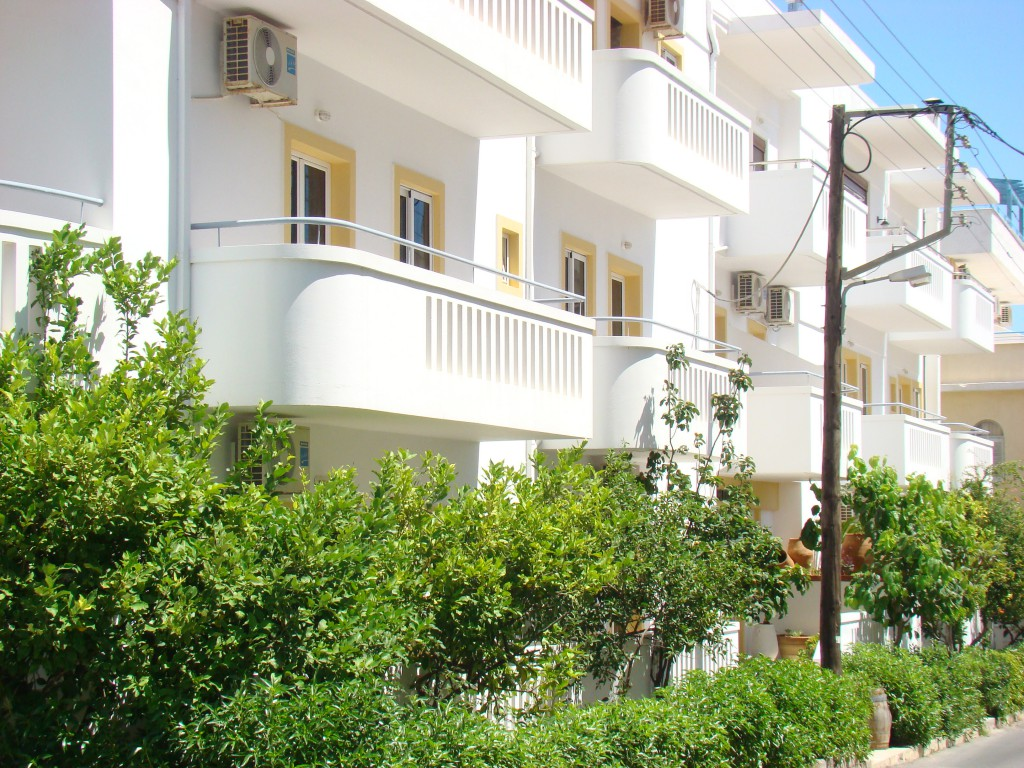 diamond apartments creta1.jpg