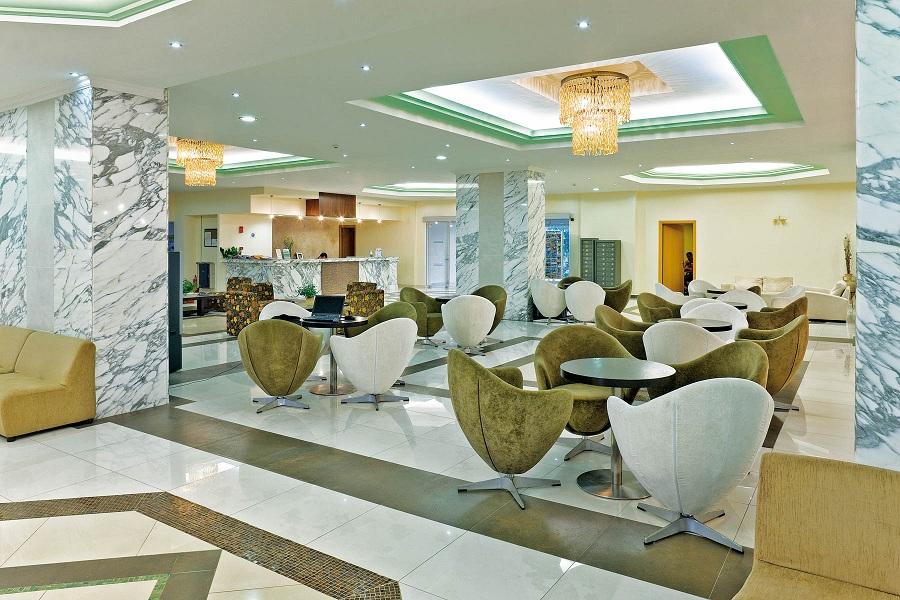 _58E6305 lobby.jpg