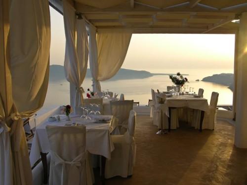 Hotel Pantheon Deluxe Villas restaurant.jpg