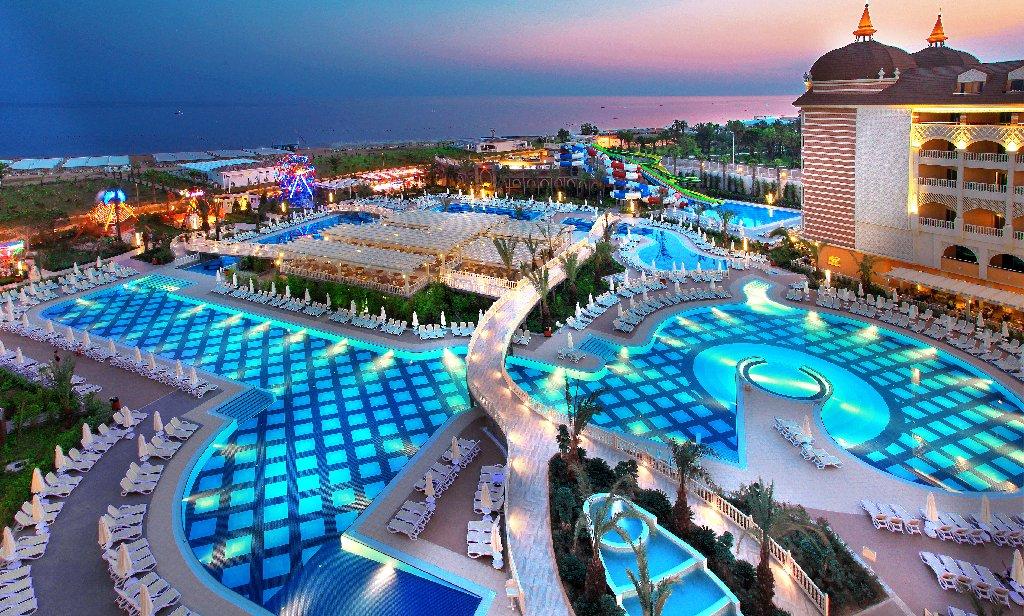 Hotel Royal Alhambra Palace seara