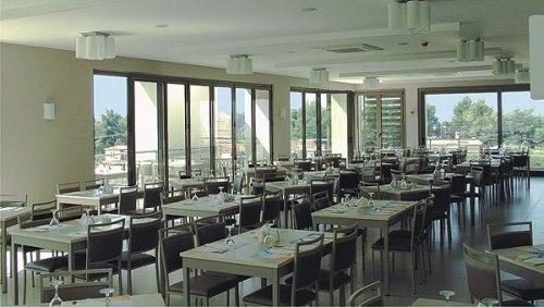 Hotel Lagomandra Hotel  restaurant.jpg