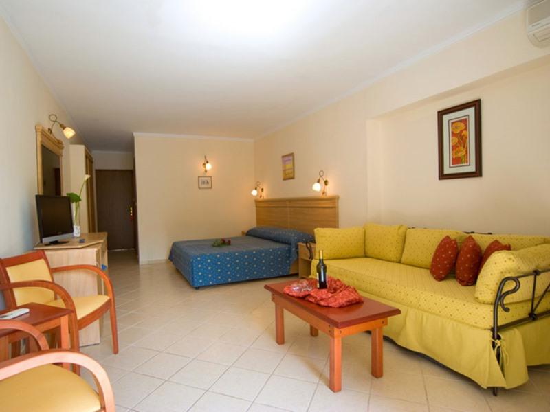 PORFI BEACH HOTEL - NIKITI (1).jpeg