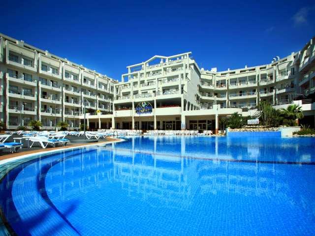 Aquahotel_Nostre_Mar_Apartments.jpg