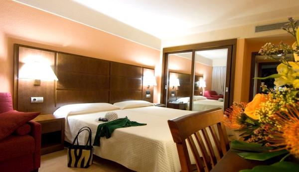 Tenerife, Hotel Gala, camera dubla, pat.jpg