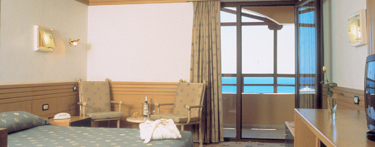 Amilia Double_Room_GV.jpg