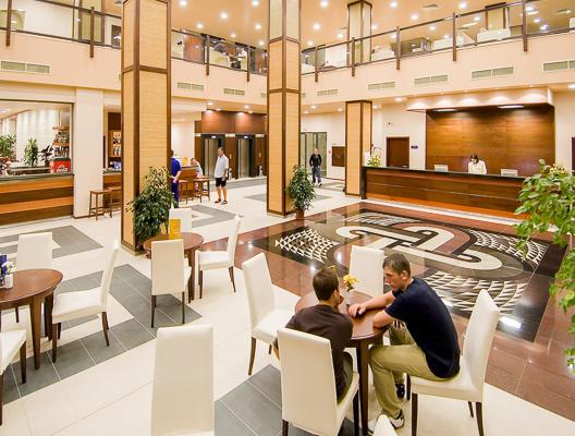 Sunny Beah, Hotel Iberostar Sunny Beach, receptie, lobby.jpg
