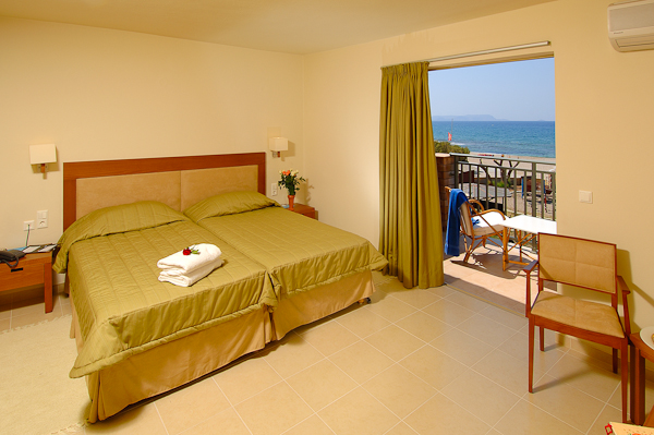 Creta, Hotel Aquis Bella Beach, camera dubla.jpg