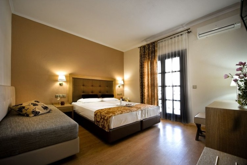 HOTEL AKRATHOS BEACH - OURANOPOLIS (5).jpg