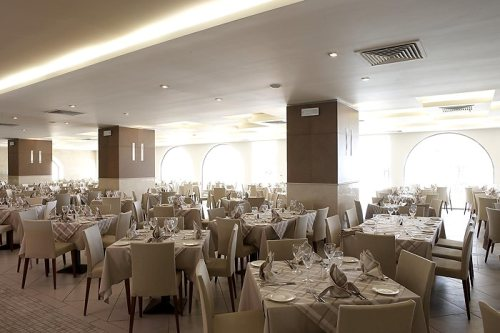 Hotel Ixian Grand  restaurant.jpg