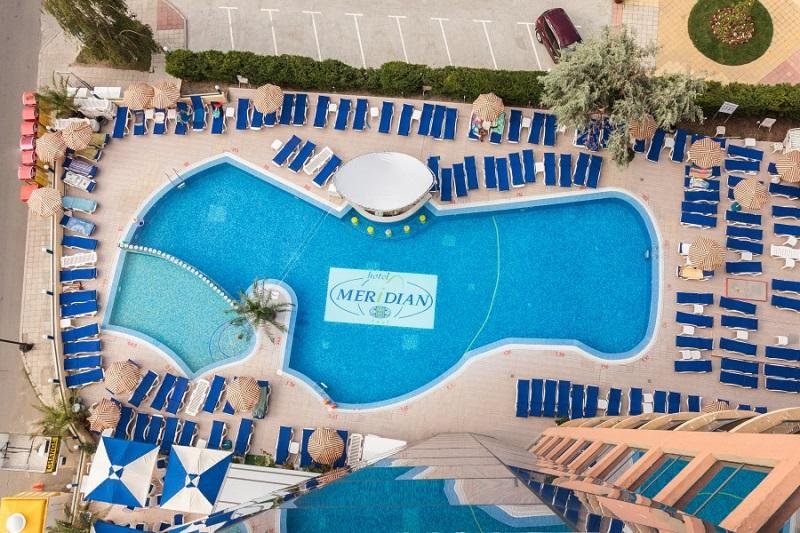Meridian-hotel-pool.jpg