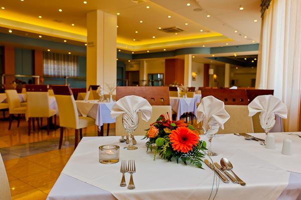 Zakynthos, Hotel Mediterranean Beach Resort, restaurant.jpg